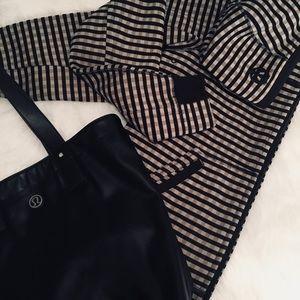 Classic Lululemon Jacket With Hood.